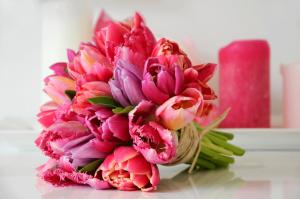 Überraschen Sie einen lieben Menschen mit einem Blumengruß aus der Ferne!